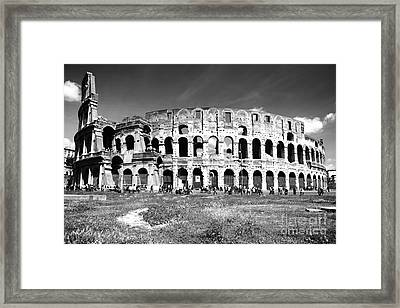 Colosseum Framed Print by Stefano Senise
