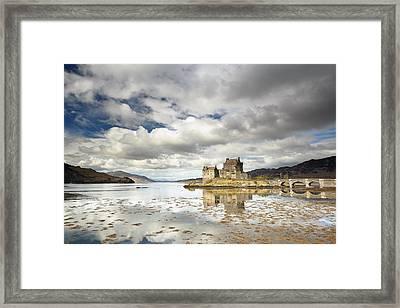 Eilean Donan Castle Framed Print by Grant Glendinning