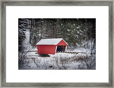 Gifford Covered Bridge In East Randolph Vermont Framed Print