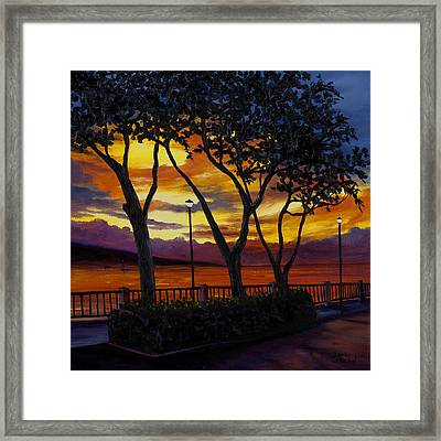 Lahaina Sunset Framed Print