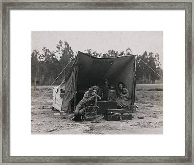 Migrant Mother Framed Print by Historic Photos