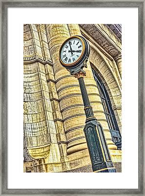 4 O'clock Train Framed Print by Sennie Pierson