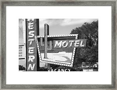 Route 66 - Western Motel Framed Print by Frank Romeo