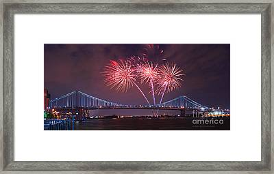 4 Th Of July Firework Framed Print by Rima Biswas