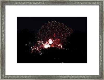 4th Of July Fireworks - 011333 Framed Print by DC Photographer