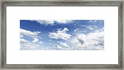 Big Blue Sky Framed Print by Les Cunliffe
