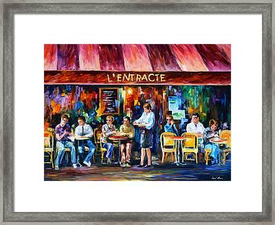 Cafe In Paris Framed Print