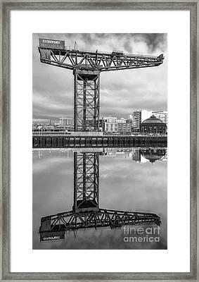Finnieston Crane Glasgow Framed Print by John Farnan