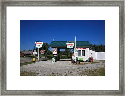 Route 66 Sinclair Station Framed Print by Frank Romeo