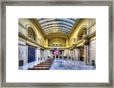 Chicago's Union Station Framed Print by Twenty Two North Photography