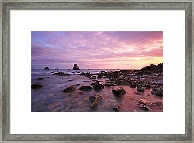 Mupe Bay Framed Print by Ollie Taylor