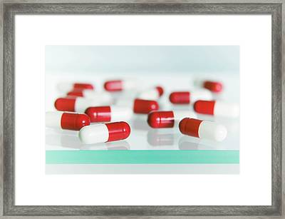 Paracetamol Capsules Framed Print by Gustoimages/science Photo Library