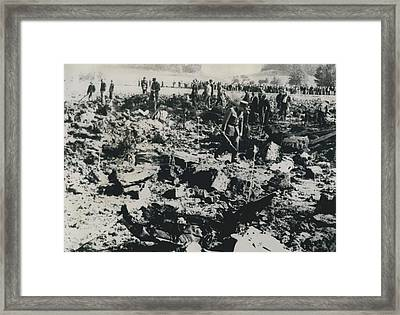 80 Die In A Plane Crash Near Zurich Framed Print by Retro Images Archive