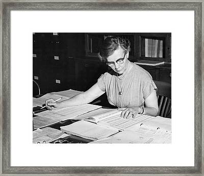 Charlotte Sitterly Framed Print by Emilio Segre Visual Archives/american Institute Of Physics