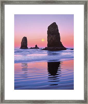 Usa, Oregon, Cannon Beach Framed Print by Jaynes Gallery
