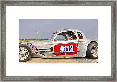 9113 Silver On The Line Framed Print