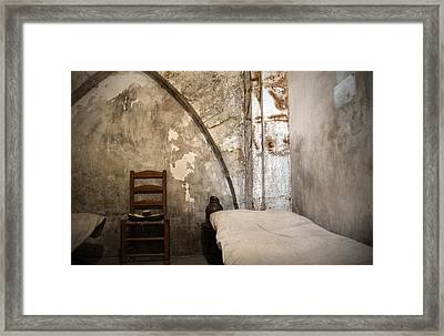 A Cell In La Conciergerie De Paris Framed Print by RicardMN Photography