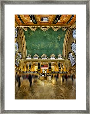 A Central View Framed Print by Susan Candelario