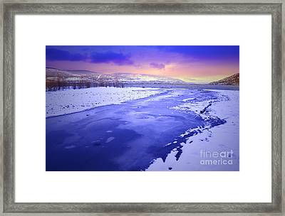 A Cold New Years Eve Framed Print by Tara Turner