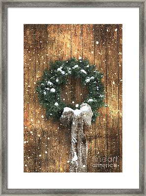A Country Christmas Framed Print by Benanne Stiens