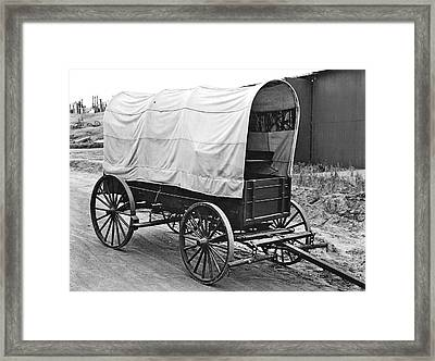 A Covered Wagon Framed Print by Underwood Archives