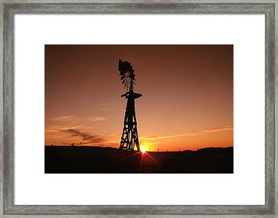A Gentle Breeze At Sunset Framed Print