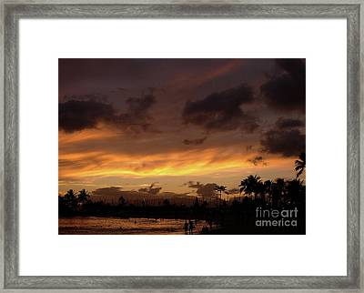 A Hawaiian Sunset Framed Print