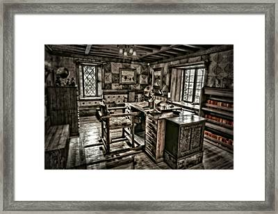 A Look To The Past Framed Print by Susan Candelario