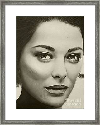A Mark Of Beauty - Marion Cotillard Framed Print