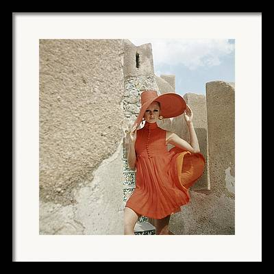 Southern Woman Framed Prints