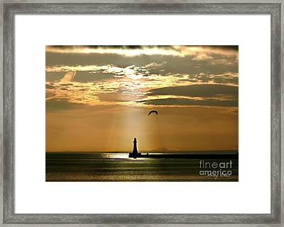 Framed Print featuring the photograph Roker Pier Sunderland by Morag Bates