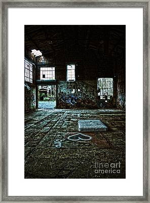Framed Print featuring the photograph A Place With Heart by Debra Fedchin