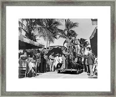 A Portable Jazz Band In Miami Framed Print by Underwood Archives