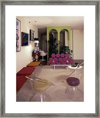 A Retro Living Room Framed Print