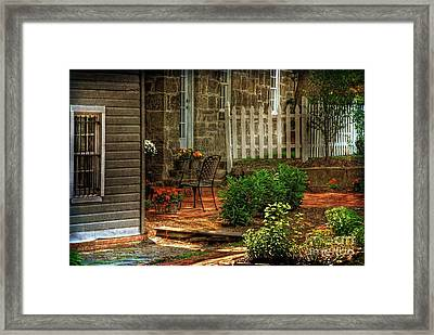 A Seat In The Shade Framed Print by Lois Bryan