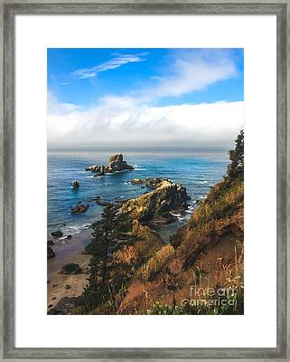 A View From Ecola State Park Framed Print by Robert Bales