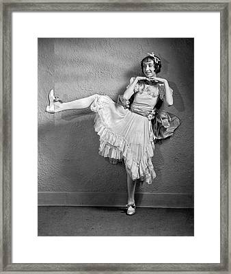 A Woman Vaudeville Actor Framed Print by Underwood Archives