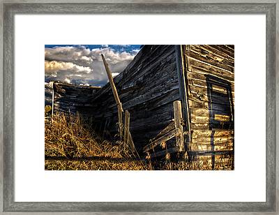 Framed Print featuring the photograph Abandoned Building Fort Steele by Rob Tullis