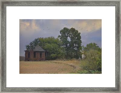 Abandoned Country House In Rural Northwest Iowa Framed Print