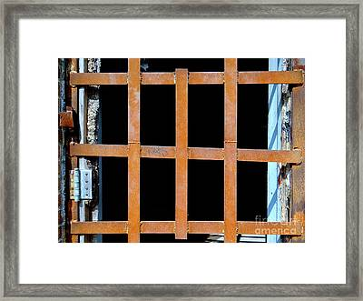 Abandoned Dreams Framed Print by Ed Weidman