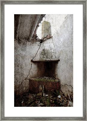 Abandoned Little House 2 Framed Print by RicardMN Photography