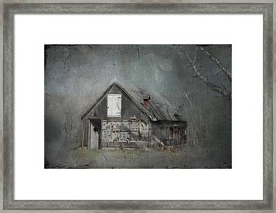 Abandoned Shack On Sugar Island Michigan Framed Print by Evie Carrier