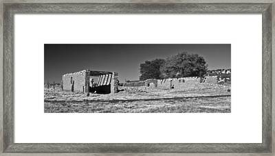 Abo Ruins 4 In Bw Framed Print by Don Durante Jr