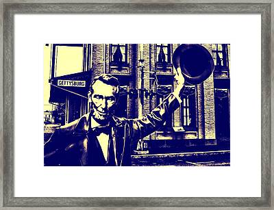 Abraham Lincoln At Gettysburg Framed Print by Bill Cannon