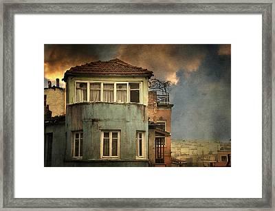 Absence 16 44 Framed Print