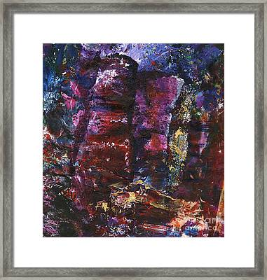 Abstrak Containment Framed Print