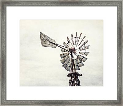 Aermotor Windmill In Grapevine Texas Framed Print by Lisa Russo