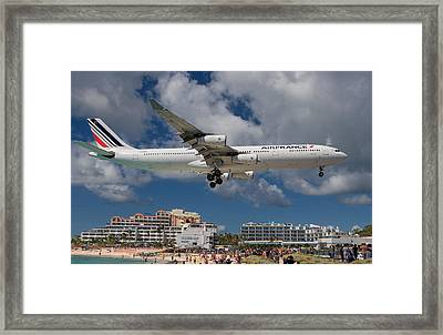 Air France Landing At St. Maarten Framed Print