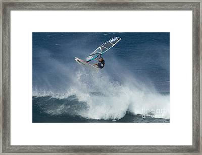 Airborn In Hawaii Framed Print by Bob Christopher