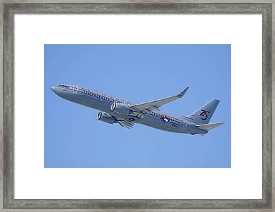 Alaska Boeing 737-890 N569as Los Angeles International Airport August 20 2013 Framed Print by Brian Lockett